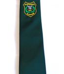 Krawatte mit Vereins-Aufnäher